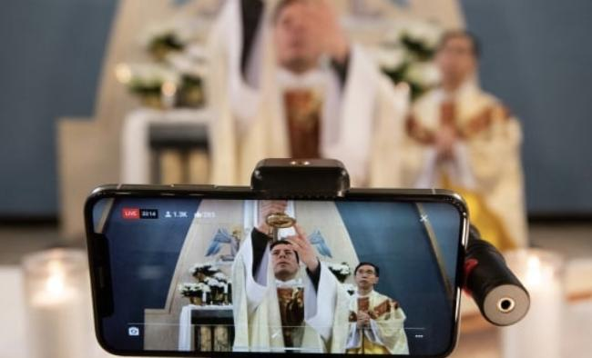 iPhone eucharist